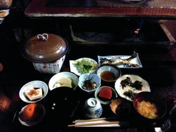 Dormire a Shirakawa-go: la cena in minshuku