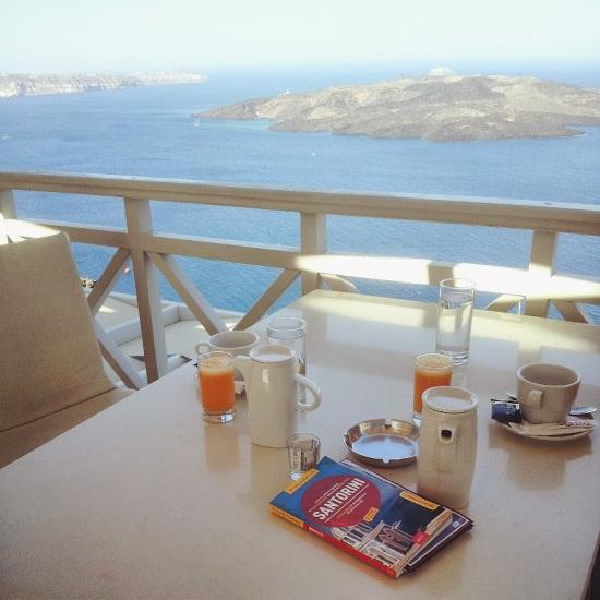 Una colazione dal panorama impagabile, Santorini