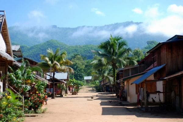 Un villaggio Khum (foto di Patrick Colgan, 2014)